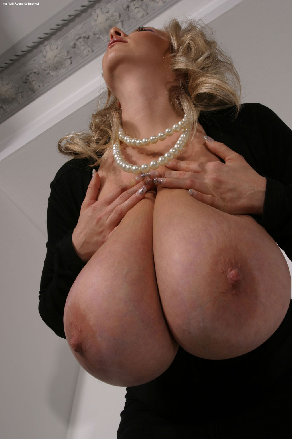 Nelli roono big boobs squished mommy got boobs 2