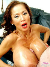 Muscle old black women rideing cock